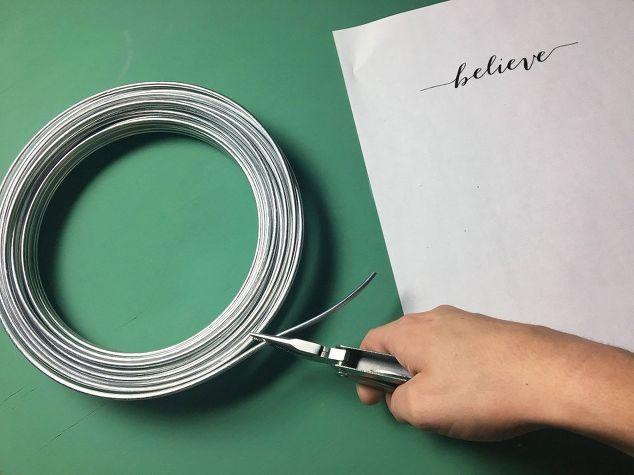 holiday-illuminated-wire-word-1