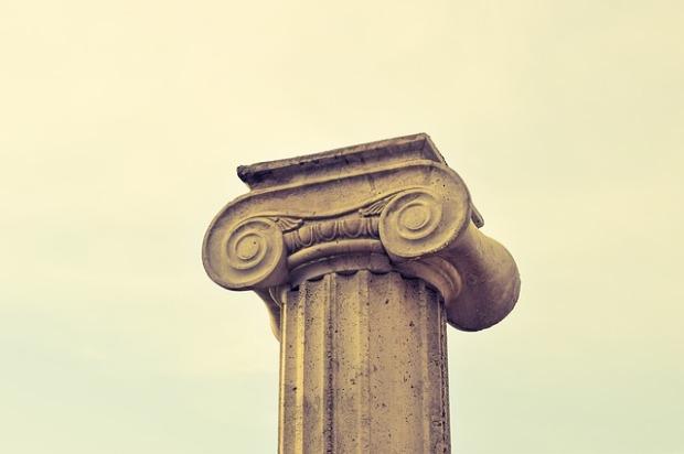 pillar-capitals-2110101_640